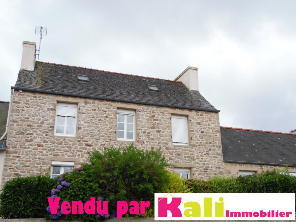Maison Pierres Plouneventer chbre rdc