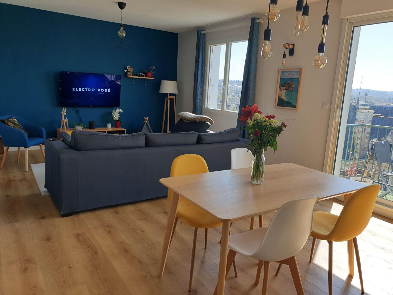 Appartement Landerneau 5 pièce(s)