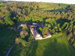 Proposer cette annonce : En Périgord ,  nord Est du Lot et Garonne, proximité Dordogne, beau corps de ferme entouré de 8 ha de terrain.