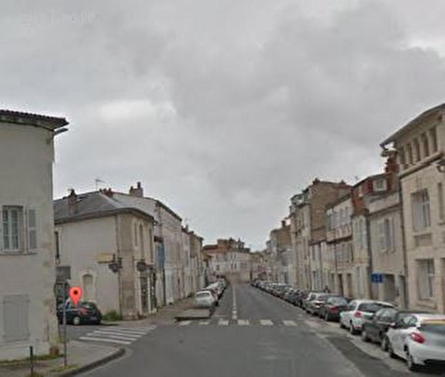 Murs La Rochelle loués - rendement 7% brut