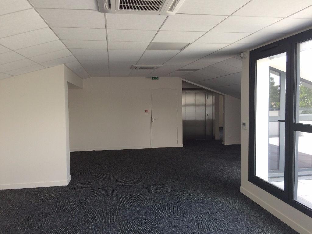 BUREAUX - LA ROCHELLE GARE - 136 m²