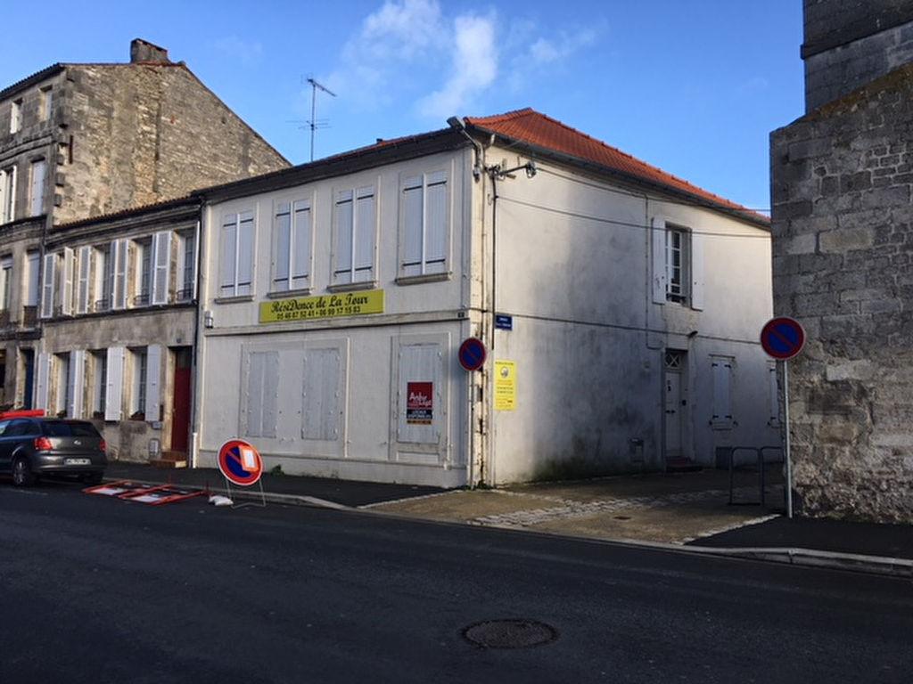 Immeuble Rochefort 737 m2