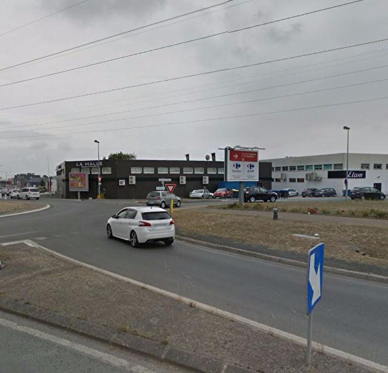 Bureaux ou commerce Puilboreau 977 m²
