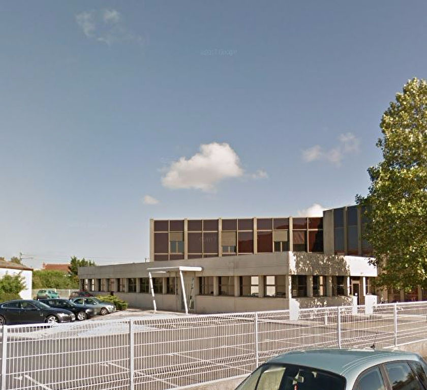 BUREAUX HYPER CENTRE AVEC PARKING - 453 m²
