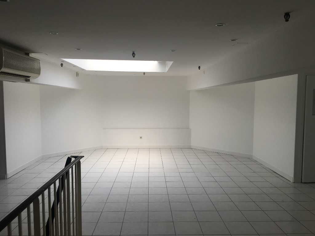 Local commercial Puilboreau 100 m2