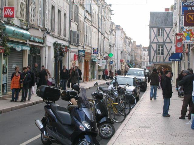 Emplacement n°1 dans rue n°1 - 85 m²