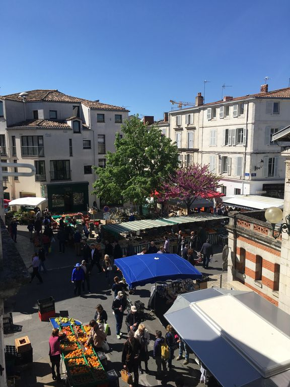 Cession de bail La Rochelle 58 m2 + cave 50 m2