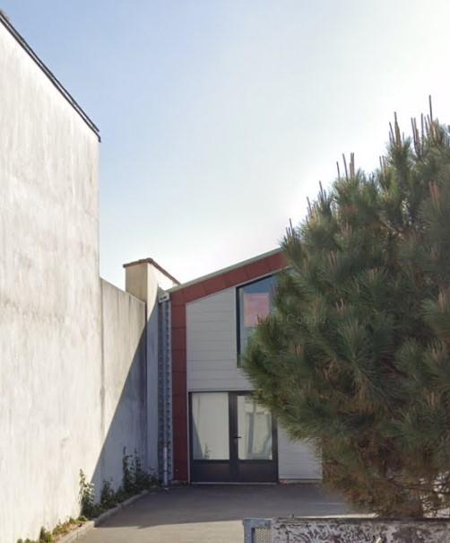 A VENDRE BUREAUX EN  ZONE FRANCHE - 106.44 m²