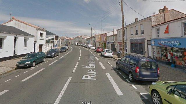 A louer local commercial  172m² la Rochelle
