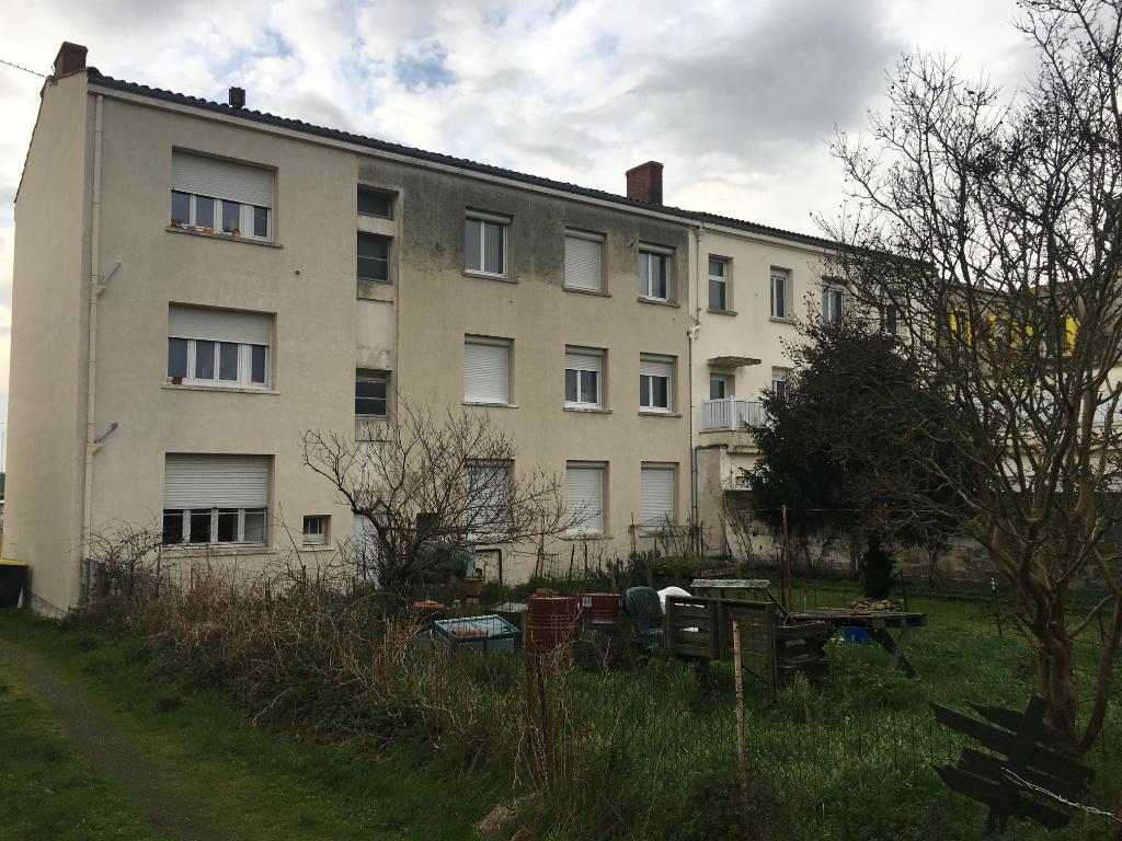 A vendre Immeuble La Rochelle 450 m2