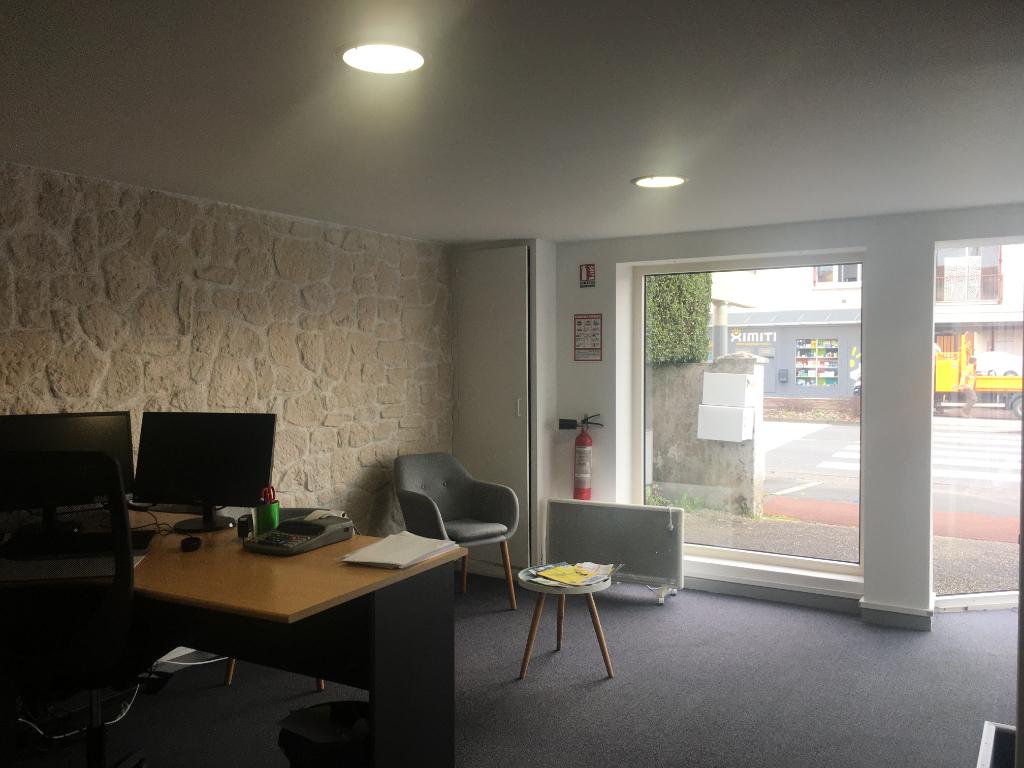 AXE PASSANT N°1 - BUREAUX OU COMMERCE - 190 m²
