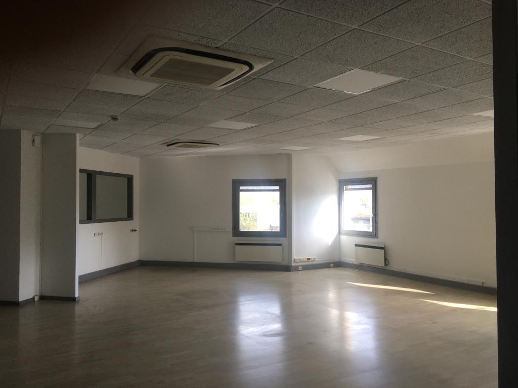 Bureaux centre-ville proche gare - La Rochelle - 200 m²