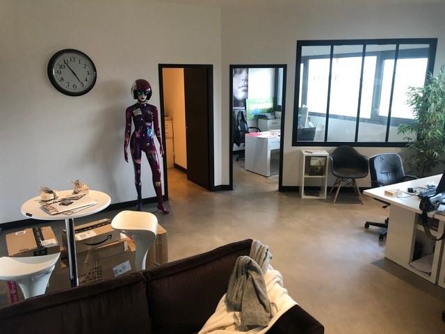 A LOUER PUILBOREAU - Bureaux 65 m²