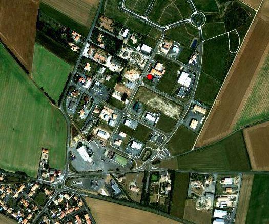 ZONE D\'ACTIVITE DE CROIX-FORT CERTIFIEE ISO 14 001 - 982 m2
