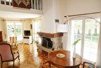 Maison St Nolff 9 pièce(s) 288 m²