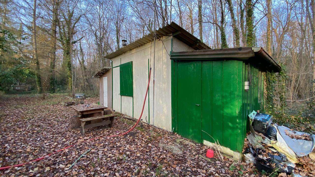 Terrain de loisir soisy sur ecole 1120 m2 for Agrandissement maison sur terrain non constructible