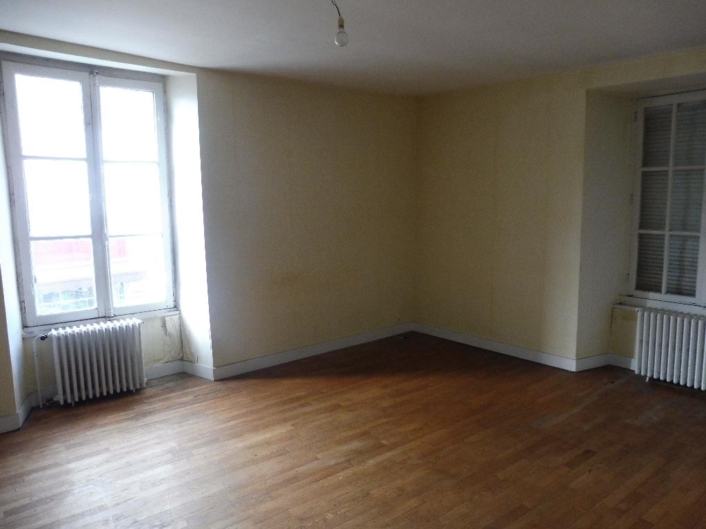 Appartement La Guerche De Bretagne 5 pièce(s) 120 m2