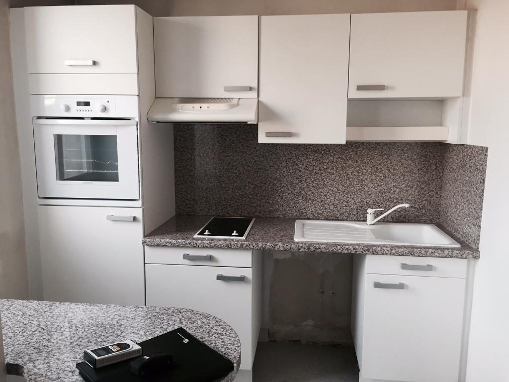 Appartement Puteaux 1 pièce(s) 25.36 m2