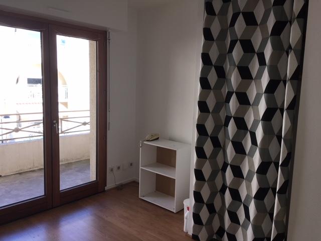 Appartement Nantes 1 piece(s) 15.71 m2