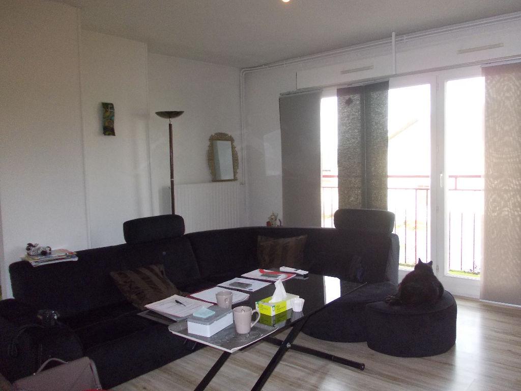 Appartement Compiegne 4 pièce(s) 65.06 m2  (60)