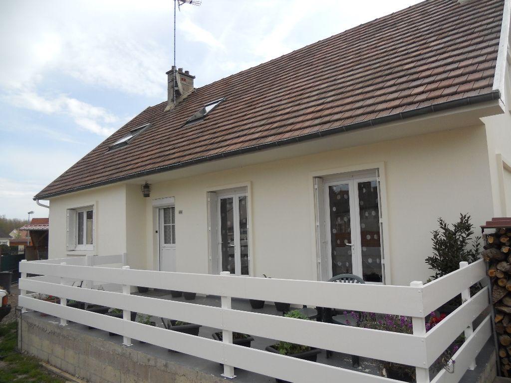 Maison Coudun 6 pièce(s) 132 m2  ( 6)