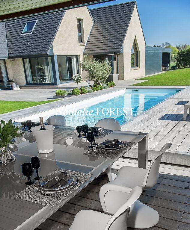 prox BEAUCAMPS LIGNY , superbe Villa contemporaine sur 4535 m� de terrain .