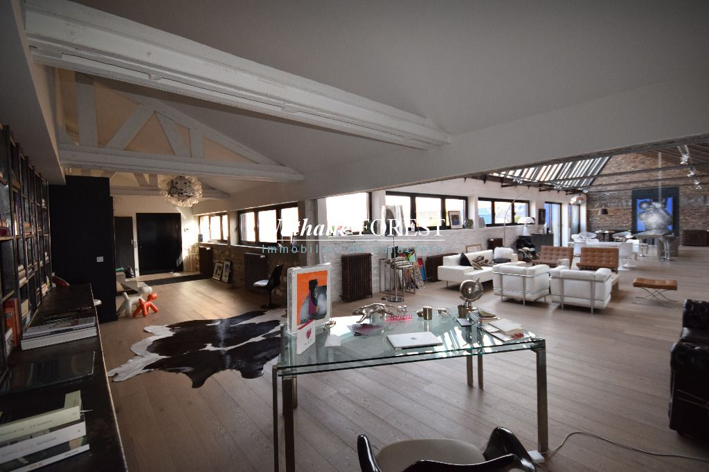 LILLE , Splendide appartement Loft type 7, 330 M2 hab , terrasse 60 M2 , garage 2 V