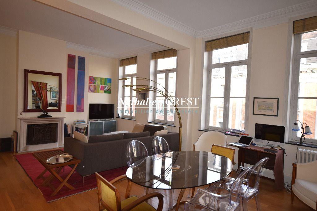 LILLE Centre Prox R�publique Appartement , type 5,  6 pi�ce(s) 173,71 m2 avec parking s�curis� attenant