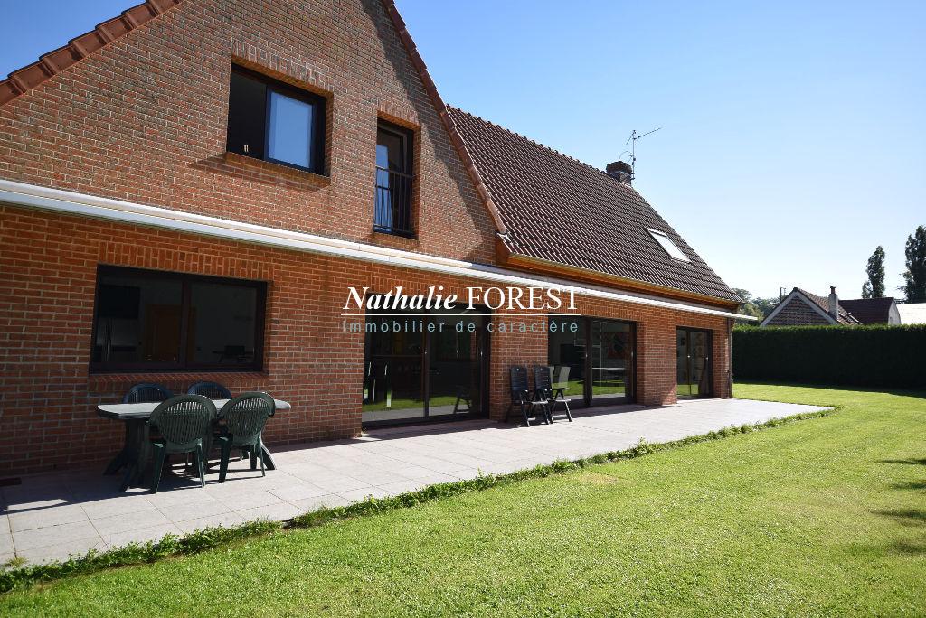 Prox Lille Grande Maison contemporaine d'architecte sur parcelle 1750M2 Garage 8 Voitures Grand Parking sécurisé