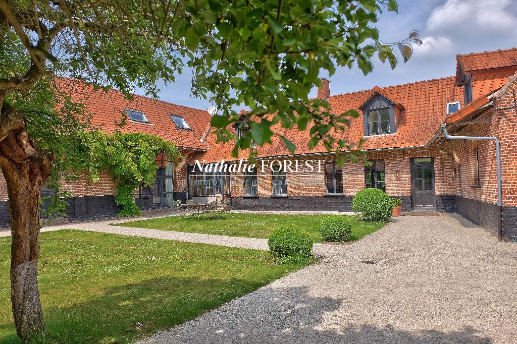 Exclusivite .Campagne de Mérignies, splendide ferme au carré 13500 m² , rapport locatif