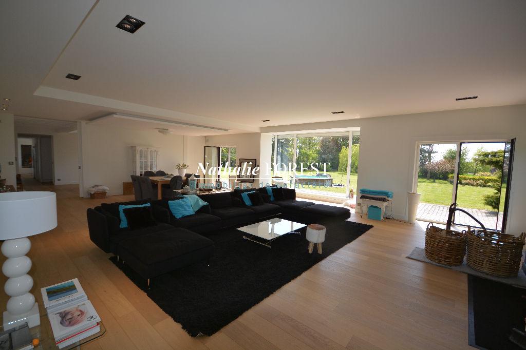 """Campagne de Bondues , EXCLUSIVITE ,  splendide Villa """"Ultra contemporaine"""" sur 7000 m² de terrain."""