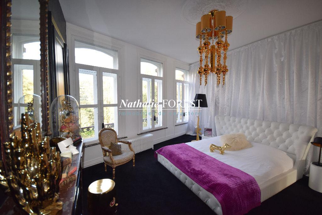 A louer maison à Lille , 240 m², 2 500 € | Nathalie Forest Immobilier