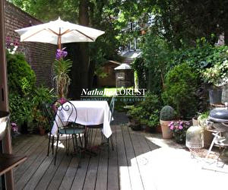 Lille Vauban,  maison bourgeoise ent meublée ,5 ch , 4 sdb , jardin