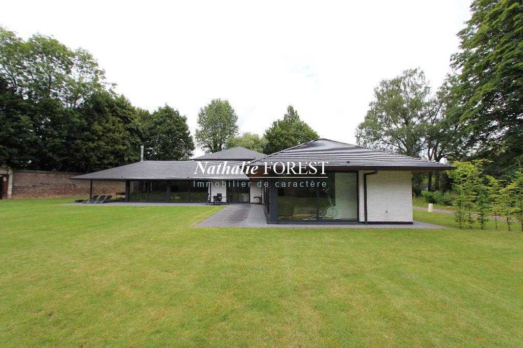 Lambersart ! Rare maison d'architecte, sur un incroyable terrain de 6000 m2
