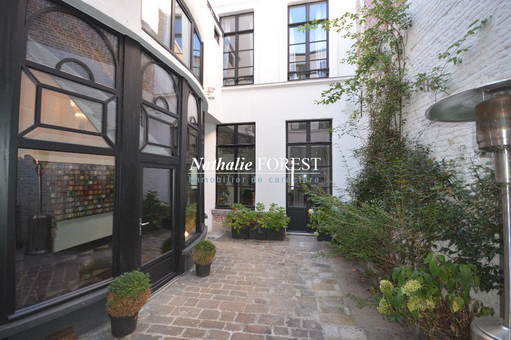 A vendre maison lille 349 m 1 195 000 nathalie for 82 rue brule maison lille
