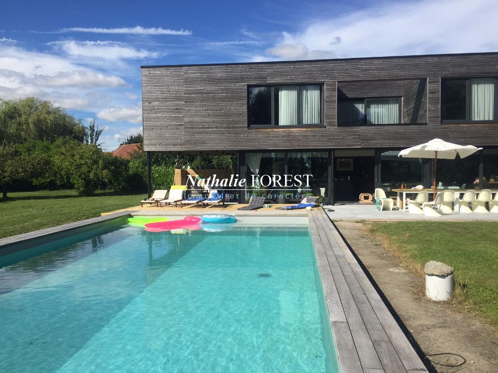 Proximité  Fleurbaix , splendide maison cubique sur  9700 m² de terrain .