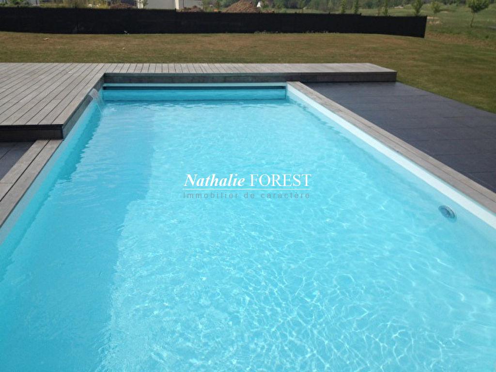 Exclusivité ,Mérignies Golf, Belle Cubique aux prestations haut de gamme sur une parcelle de 1890 m2