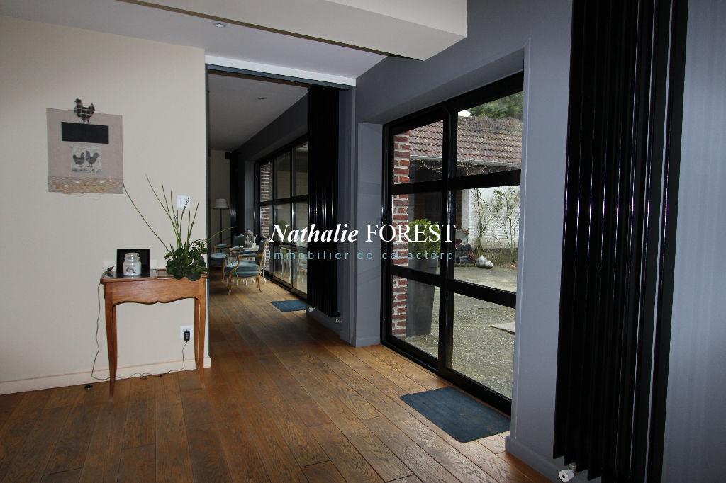 MÉRIGNIES, Maison de charme , 6 chambres, Bourgeoise sur une parcelle de 980 m2