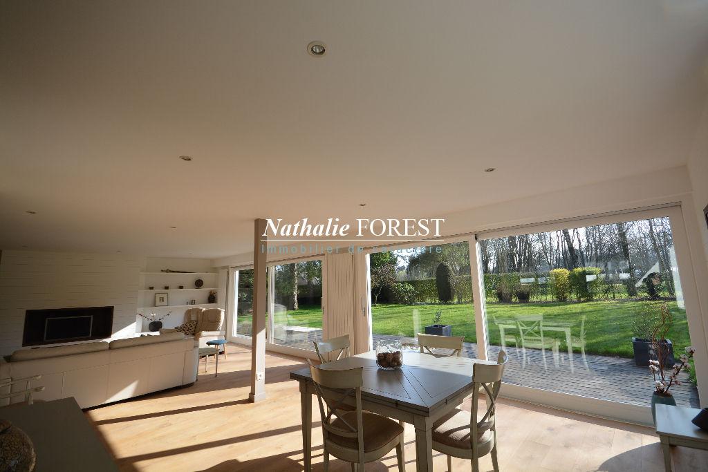 BONDUES  au sein d'un domaine privé ,Grande Villa individuelle  rénovée sur magnifique parcelle de 1600M2