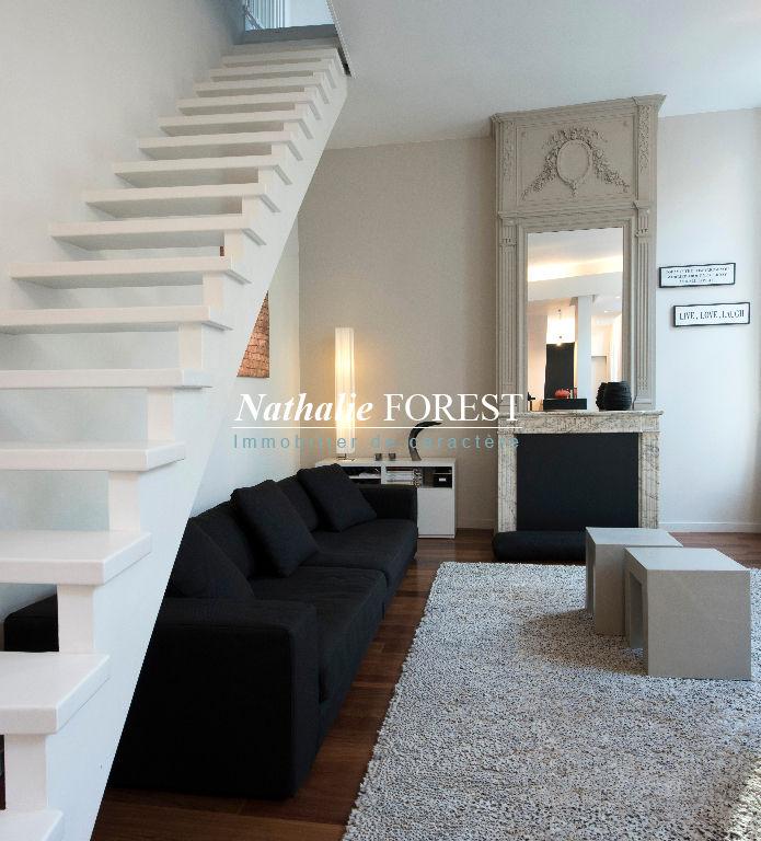 Exclusivité Vieux Lille Secteur Top ! Appartement- Maison duplex 4 pièce(s) 102 m2 jardin partagé Parking extérieur