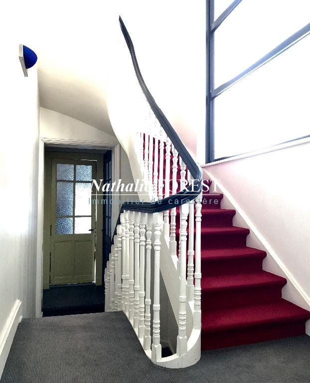 Lille Centre , superbe maison bourgeoise , 10 pièces , jardin , garage 2v en location