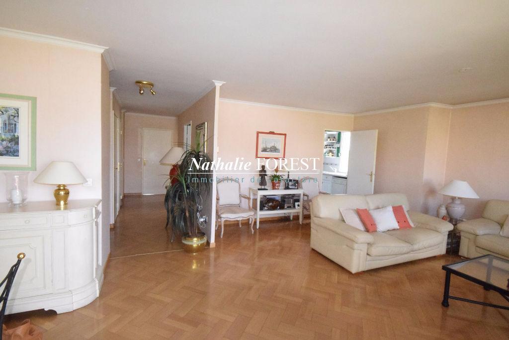 LILLE Saint-Maur-Buisson en dernier étage d'une résidence de standing Appartement  Duplex4 pièce(s) 132M2 (Loi Carrez) avec terrasse 20M2, 2 parkings sécurisés
