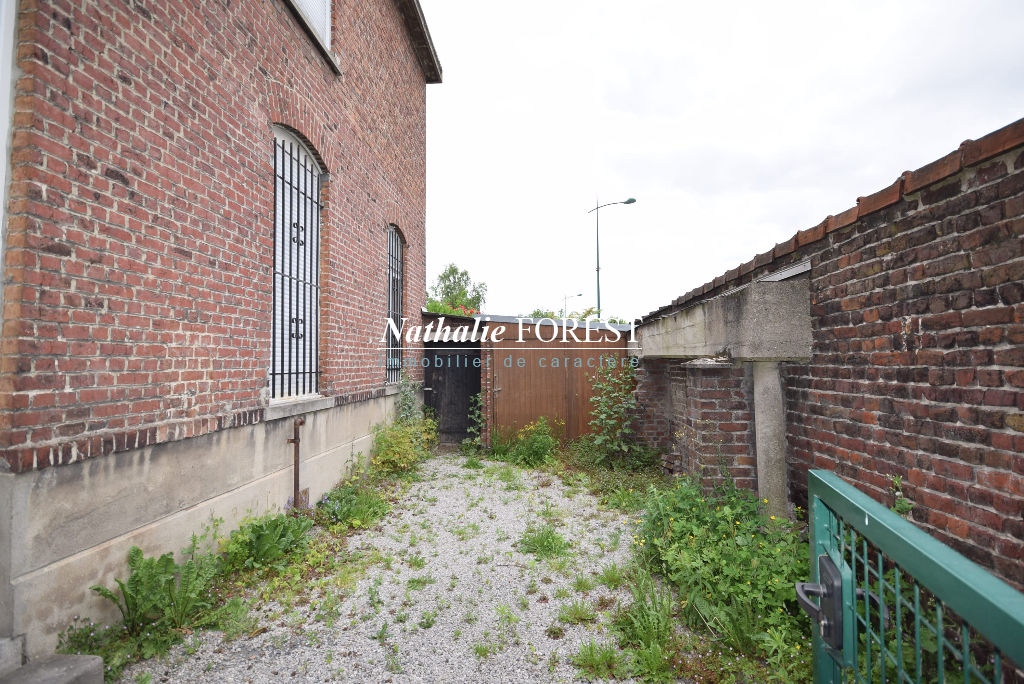 Mouvaux, a deux pas du centre,maison de 120 m2