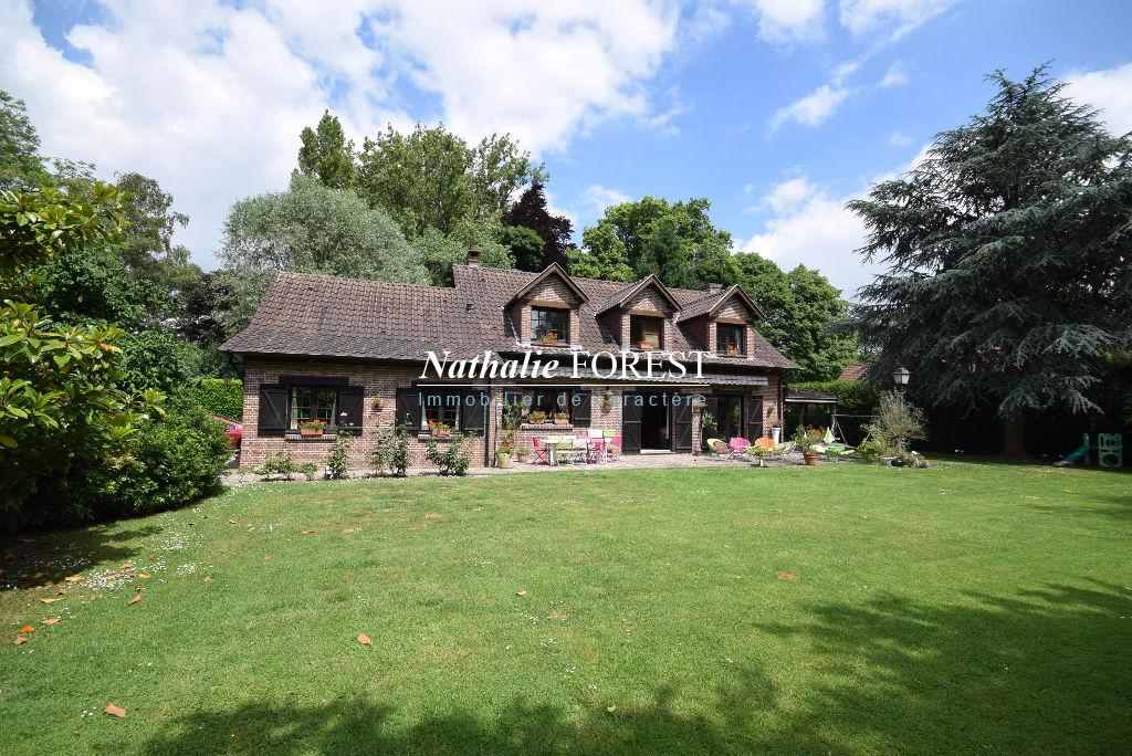 BONDUES Prox Croix Blanche, Maison traditionnelle,  grand terrain divisible de 2000 M2  arboré et au calme .