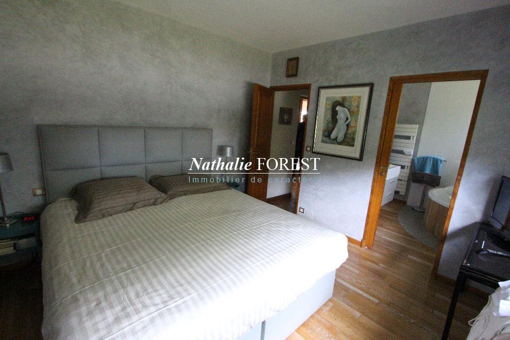 FROMELLES, Chaumière 9 pièces et 6 chambres sur une parcelle de 2000 m2