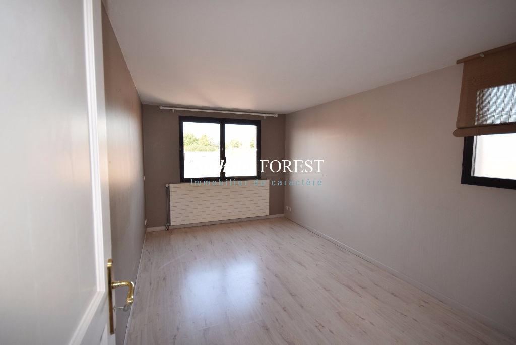 VAUBAN AU COEUR DE LA CATHO! Appartement duplex 4 pièce(s) 160 m2 + 2 terrasses  de 46m²