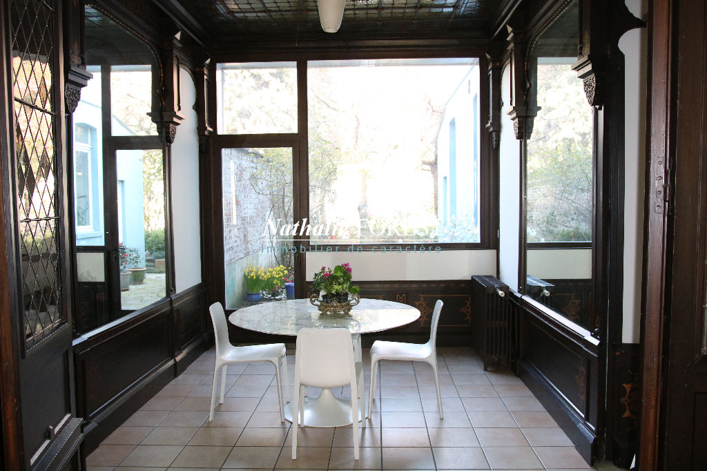 Lille Solférino , Grande et belle maison bourgeoise , 6 chambres , jardin et garage