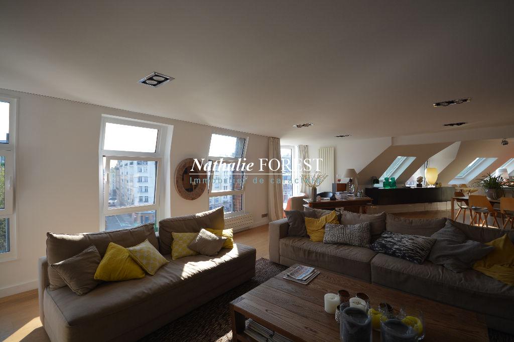 Lille quai du Wault , rare appartement type 5 de 252 M2  , vue époustouflante sur le bassin du quai du Wault