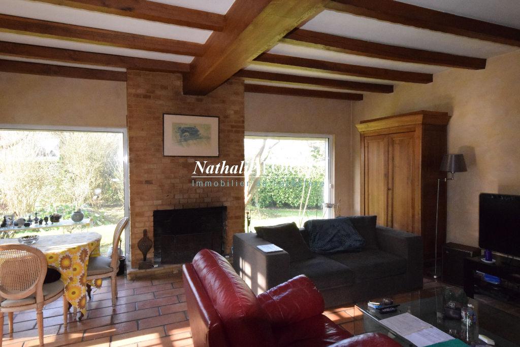 BONDUES Bois d'Achelles Villa individuelle de 210M2  érigée sur parcelle 2000M2 , 6 Chambres, garage 2 Voitures