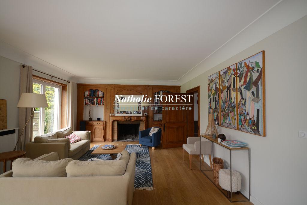 MARCQ EN BAROEUL FOCH!  Villa individuelle de 250m² sur 1000m² de terrain plein sud